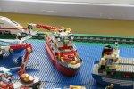 statek z klocków lego